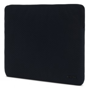 Incase Slim Sleeve with Diamond Ripstop for 15-inch MacBook Pro Retina / Pro - Thunderbolt 3 (USB-C) - Black