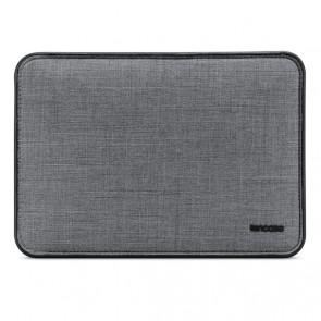 Incase ICON Sleeve with Woolenex for 15-inch MacBook Pro - Thunderbolt 3 (USB-C) - Asphalt