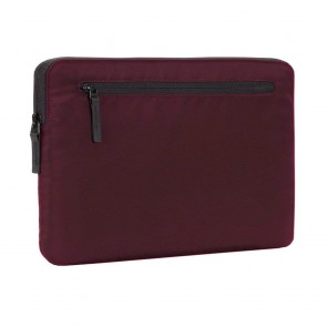 "Incase Compact Sleeve in Flight Nylon for 15-inch MacBook Pro - Thunderbolt (USB-C) & Retina 15"" - Mulberry"