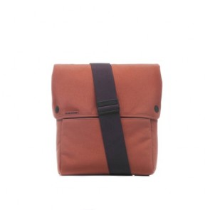 Bluelounge iPad Sling Bag Rust for iPad 1/iPad 2/iPad 3 (US-IB-01-RU)
