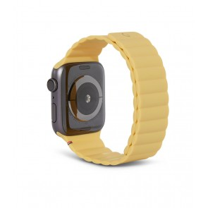 Decoded Silicon Magnetic Traction Strap for Apple Watch Series 1-6/SE 42/44mm Powder Yellow